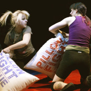 PILLOW FIGHT : CUSCINATE PER SPORT